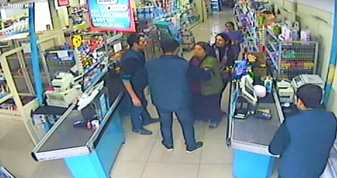 Photo of Adıyaman Merkez'de  Marketten 4 Bin Liralık Kaşar ve Sucuk Çalan Kadın Yakalandı