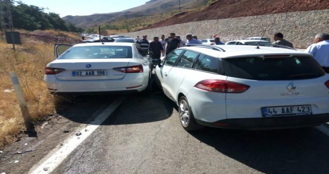 Photo of Çelikhan Kaymakamı Kazada Yaralandı