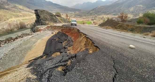 Photo of 2 Yılda 3 Kez Onarılan Yol Yine Çöktü