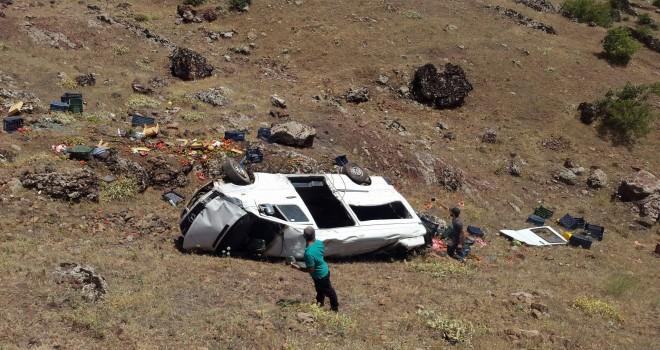 Photo of Minibüs Uçurumdan Yuvarlandı