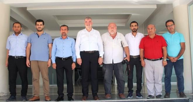 Photo of Gazeteciler ve Yazarlar'dan Başkan Turanlı'ya Ziyaret