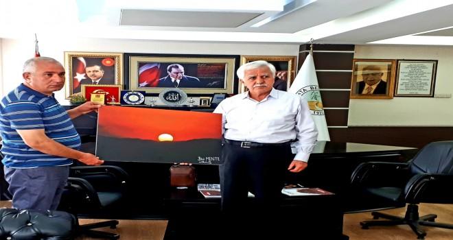 Photo of Bilal Mente'den Kâhta Belediyesine Ziyaret