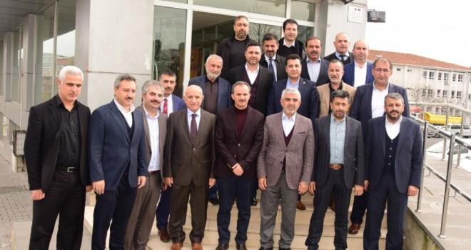 Photo of Süleyman Kılınç Adıyamanlılar Vakfını Ziyaret Etti
