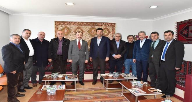 Photo of AK Parti Grup Başkan Vekili Mehmet Muş, Adıyamanlılar Vakfını Ziyaret Etti
