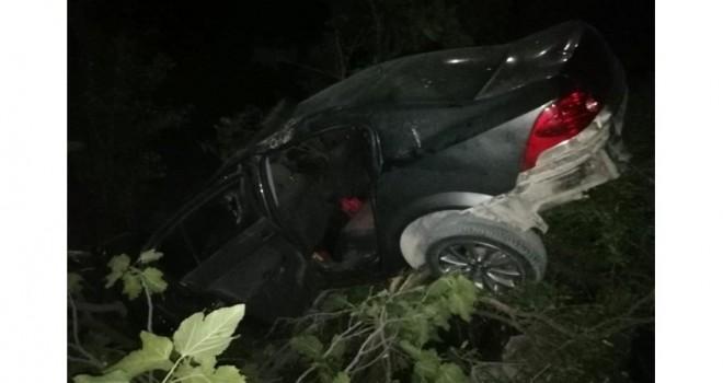Photo of Kahta-Siverek Karayolunda Meydana Gelen Kazada 1 Kişi Hayatını Kaybetti