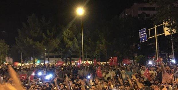 Photo of Darbe Girişimine Karşı Adıyamanlılardan Tepki