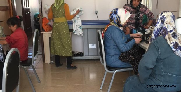 Photo of Gerger ÇATOM Merkezine Gergerli Kadınlar Yoğun İlgi