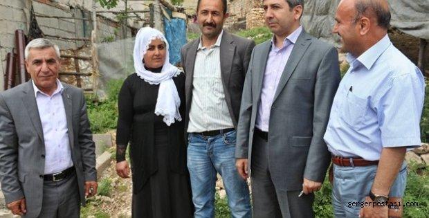 Photo of Gerger'in Tek Bayan Muhtarı Milletvekili Aydın'dan İsteklerde Bulundu