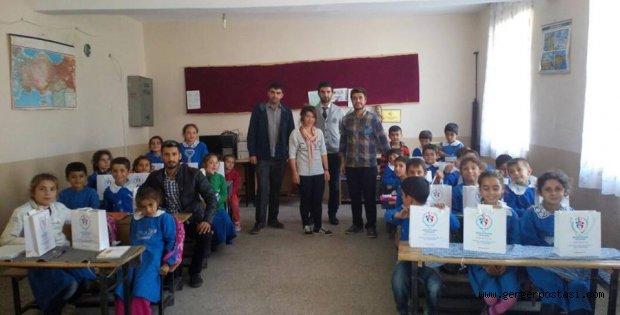 Photo of Gönüllü Öğrencilerden Gerger'e Büyük Yardım