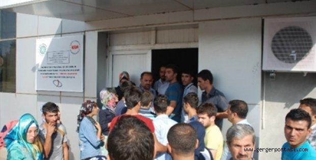 Photo of Kahta'da Tekstil İşçileri Kapıda Kaldı