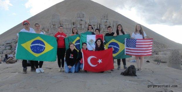 Photo of Rotary Kulübünün İstanbul Değişim Öğrencileri Nemrut Dağını Ziyaret Etti