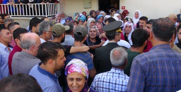 Photo of Şehit ateşi Adıyaman'a düştü