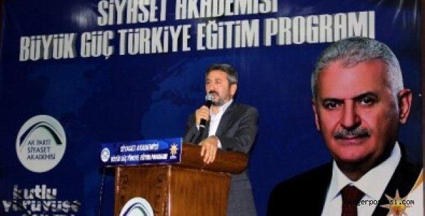 Photo of TBMM Başkanvekili Aydın Siyaset Akademisinin İlk Dersini Verdi