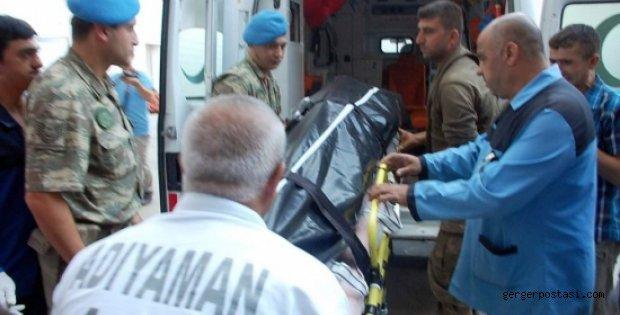 Photo of Teröristler Jandarmayla Çatışdı: 1 Asker Şehit 2 Asker Yaralı