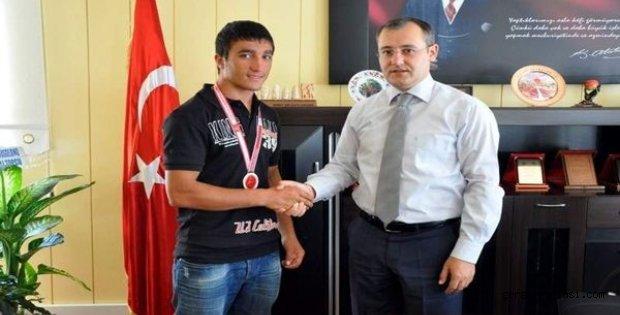 Photo of TUTLU KİCK BOKSCU GALİP GELDİ