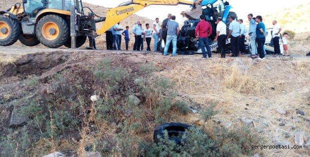 Photo of Üçkaya (Komak)'da Traktör Kazası